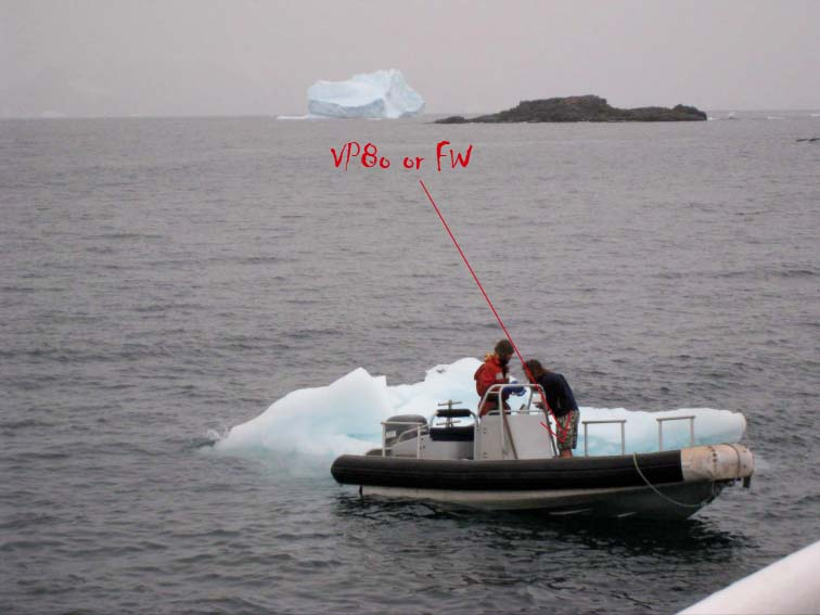 iceberg next to ship copie